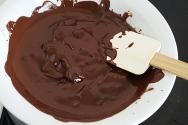 20:30 Smälter choklad.